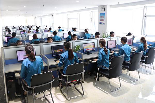 火爆网络技术部工作环境